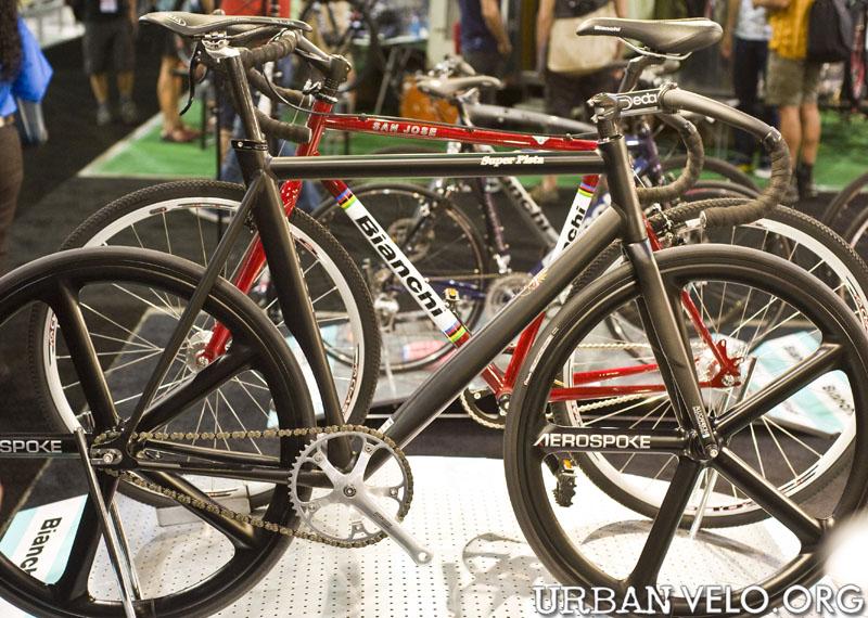 interbike_2009_day1_07.jpg