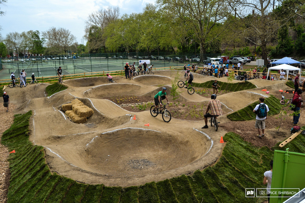 Backyard Wood Pump Track : Now, to convince them for the need of a pumptrack in my backyard